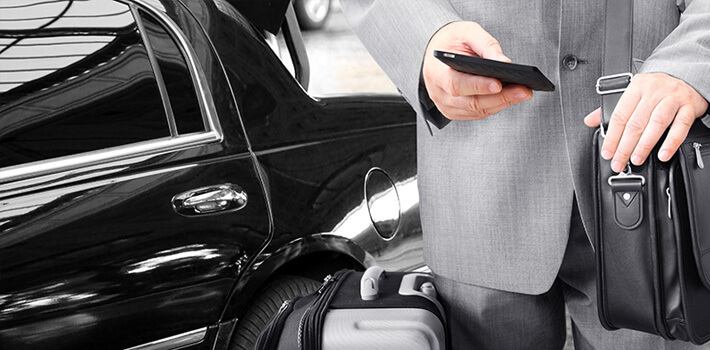Sedan Car Service Milwaukee Limo Transfer Near Me