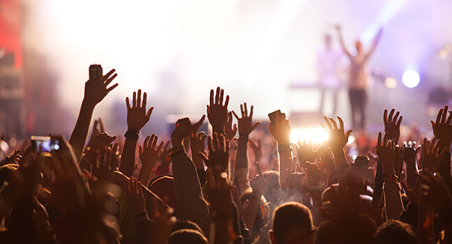 Music - AJ Limo Milwaukee is Taking You To Your Favorite Concerts!